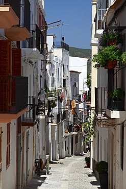 Typical street of Dalt Vila, fortified town, UNESCO World Heritage Site, Ibiza, Balearic Islands, Spain, Europe