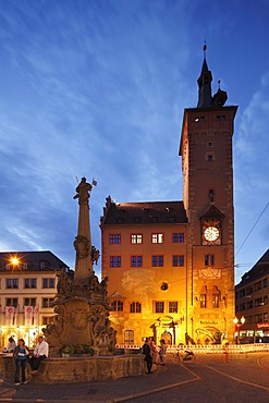 Vierroehrenbrunnen, Four Pipe Fountain, Grafeneckart Tower, Old Town Hall, Wuerzburg, Lower Franconia, Franconia, Bavaria, Germany, Europe, PublicGround