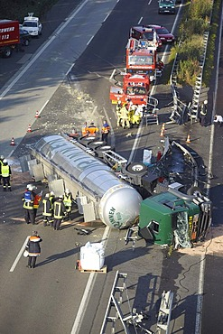 Toppled dangerous goods vehicle, A3 motorway near Dierdorf, Rhineland-Palatinate, Germany, Europe