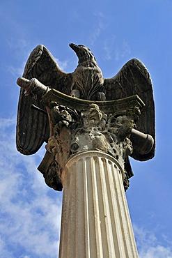 Memorial, eagle on a column, in commemoration of the victims of the Franco-Prussian War, 1870-71, Memmingen, Unterallgaeu district, Allgaeu region, Swabia, Bavaria, Germany, Europe, PublicGround