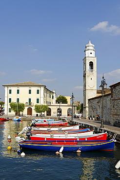 Church of San Nicolo, harbour, Lazise on Lake Garda, Lago di Garda, Veneto region, Italy, Europe