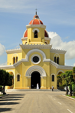 Cemetery chapel on Colon Cemetery, Cementerio Cristobal Colon, named after Christopher Columbus, Havana, Cuba, Caribbean