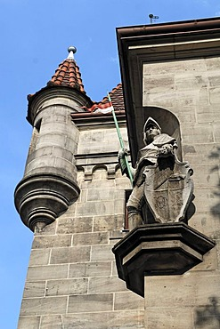 Knight sculpture on the Ansbacher House, built in 1898, headquarters of the Corps Onoldia fraternity, Nuernberger Strasse 8, Erlangen, Middle Franconia, Bavaria, Germany, Europe