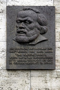 """Plaque commemorating the first edition of """"The Capital, Volume I"""" by Karl Marx, Rossplatz, Leipzig, Saxony, Germany, Europe"""