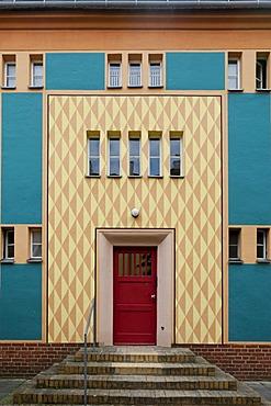 Gartenstadt Falkenberg housing estate, also known as Tuschkastensiedlung, built between 1913 and 1934 by architect Bruno Taut, Siedlungen der Berliner Moderne housing estates, Unesco World Heritage site, district of Treptow-Koepenick, locality of Bohnsdor