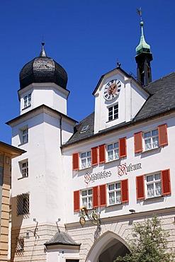 Mittertor city gate, Max-Joseph-Platz, Rosenheim, Upper Bavaria, Bavaria, Germany, Europe
