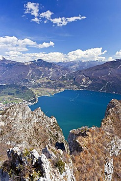 Cima Rocca fixed rope route, view of Lake Garda, Riva and Nago-Torbole, province of Trento, Italy, Europe