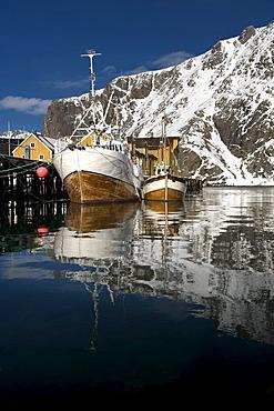 Fishing boats in Nusfjord, Island of Flakstadoya, Lofoten Islands, North Norway, Norway, Europe