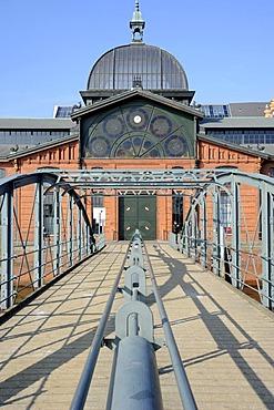 Wharf at the Fish Auction Hall, Fischereihafen fishing port, St. Pauli, Hamburg, Germany, Europe