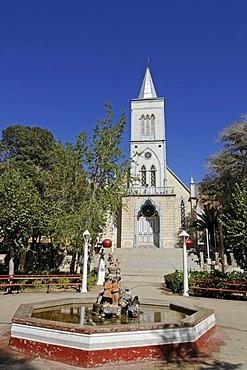 Church, fountain, square, Pisco Elqui, village, Vicuna, Valle d'Elqui, Elqui Valley, La Serena, Norte Chico, northern Chile, Chile, South America