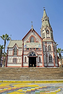 Catedral de San Marcos cathedral, church, architect Gustave Eiffel, Plaza Colon square, Arica, Norte Grande, northern Chile, Chile, South America
