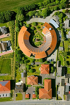 Aerial picture, roof with solar panels, rotunda, Alt-Oer retirement home, Oer-Erkenschwick, Ruhr Area, North Rhine-Westphalia, Germany, Europe