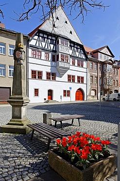 Market square with posting milestone, Neustadt an der Orla, Thuringia, Germany, Europe