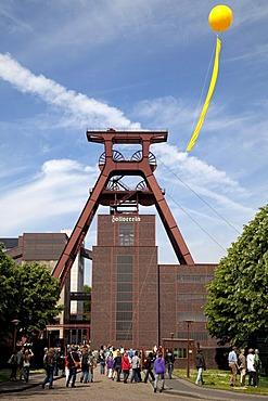 Yellow balloon, Schachtzeichen, mine shaft signs, Ruhr 2010, art installation, head frame of pit XII, Zeche Zollverein, former colliery, UNESCO World Heritage Site, Essen, Ruhr area, North Rhine-Westfalia, Germany, Europe
