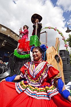 Participant in the Carnaval Del Pueblo Festival, Europes largest Latin Street Festival, Southwark, England, United Kingdom, Europe