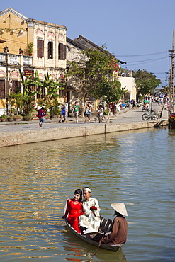 Riverboat on Thu Bon River, Hoi An, UNESCO World Heritage Site, Vietnam, Indochina, Southeast Asia, Asia