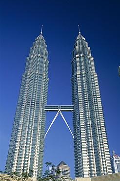 Petronas Towers (KLCC Twin Towers), Kuala Lumpur, Malaysia, Southeast Asia, Asia