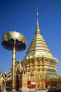 Central chedi and gold umbrellas, Wat Doi Suthep, Chiang Mai, Thailand, Southeast Asia, Asia