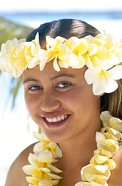 Polynesian girl dressed in traditional costume with leis (flower garlands), Aitutaki, Cook Islands, Polynesia, South Pacific, Pacific