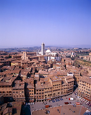 Piazza del Campo viewed from Torre del Mangia, Siena, UNESCO World Heritage Site, Tuscany (Toscana), Italy, Europe