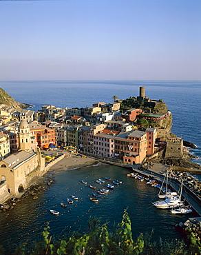 Coastal view and village, Vernazza, Cinque Terre, UNESCO World Heritage Site, Liguria, Italy, Europe