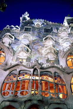 Casa Batllo at night, by Antoni Gaudi, Barcelona, Catalonia, Spain, Europe