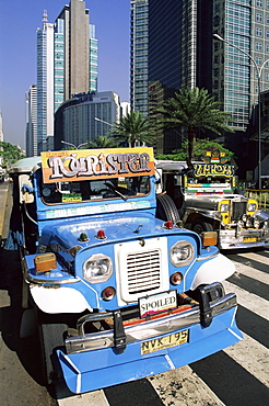 Jeepneys in the Makati Financial District, Manila, Philippines, Southeast Asia, Asia