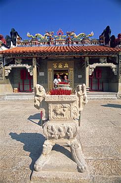 Incense urn and entrance to Pak Tai Temple, Cheung Chau Island, Hong Kong, China, Asia