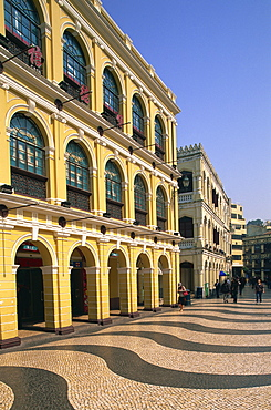 Portuguese colonial buildings, Senado Square, Macau, China, Asia