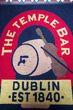 Floor mat in the Temple Bar Pub, Dublin, Republic of Ireland, Europe