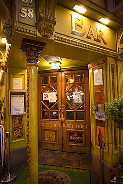 Pub door in Temple Bar area, Dublin, Republic of Ireland, Europe