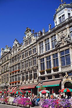 Cafes on the Grand Place, UNESCO World Heritage Site, Brussels, Belgium, Europe