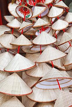 Souvenir conical hats, Hanoi, Vietnam, Indochina, Southeast Asia, Asia