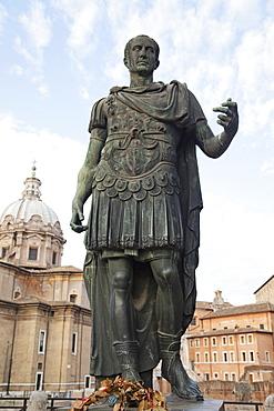 Julius Caesar statue on the Via Imperiali, Rome, Lazio, Italy, Europe