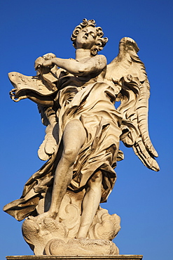 Angel statue, Sant' Angelo Bridge, Rome, Lazio, Italy, Europe