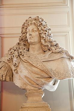 Bust of King Louis XIV, Chateau de Chambord, UNESCO World Heritage Site,Loir et Cher, Loire Valley, France, Europe