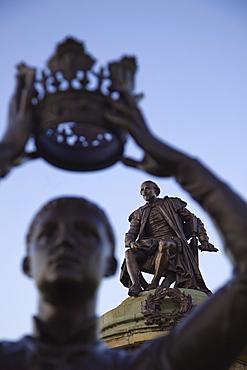 Shakespeare statue, Stratford upon Avon, Warwickshire, England, United Kingdom, Europe