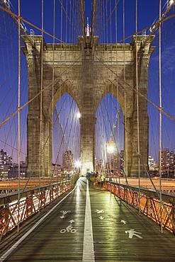 Dusk on the Brooklyn Bridge in New York, New York State, United States of America, North America