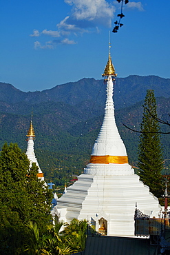 Wat Phra That Doi Kong Mu, Mae Hong Son, Thailand, Southeast Asia, Asia