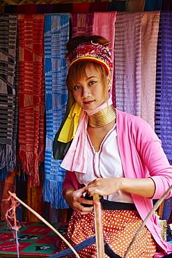 Long Neck girl (giraffe girl) (Padaung girl), Mae Hong Son, Thailand, Southeast Asia, Asia