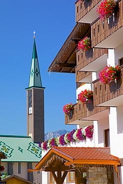 Town church, Pozza di Fassa, Fassa Valley, Trento Province, Trentino-Alto Adige/South Tyrol, Italian Dolomites, Italy, Europe