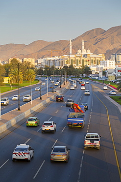 Mohammed Al Ameen Mosque and traffic on Sultan Qaboos Street, Muscat, Oman, Middle East