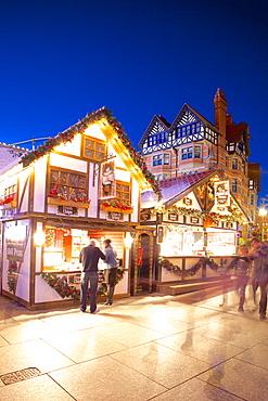 Christmas Market stalls, Market Square, Nottingham, Nottinghamshire, England, United Kingdom, Europe