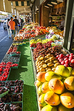 Shoppers at Fruit Stall in Pike Place Market, Belltown District, Seattle, Washington State, United States of America, North America