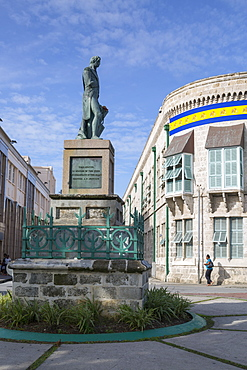 Nelson Statue and Parliament Building in National Heroes Square, Bridgetown, St. Michael, Barbados, West Indies, Caribbean, Central America