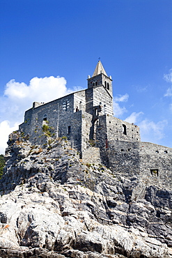 Church of St. Peter on a rocky headland at Porto Venere, Cinque Terre, UNESCO World Heritage Site, Liguria, Italy, Mediterranean, Europe