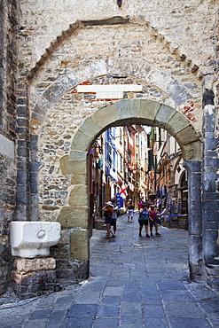 Old Town Gate at Porto Venere, Cinque Terre, UNESCO World Heritage Site, Liguria, Italy, Europe