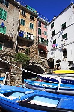 Boats at the Harbour in Riomaggiore, Cinque Terre, UNESCO World Heritage Site, Liguria, Italy, Europe