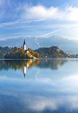 Blejski Otok Island on Lake Bled in autumn, Bled, Gorenjska, Slovenia, Europe