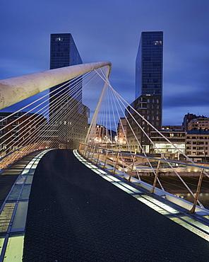 The Zubizuri footbridge, designed by architect Santiago Calatrava, Bilbao, Biscay, Basque Country, Spain, Europe